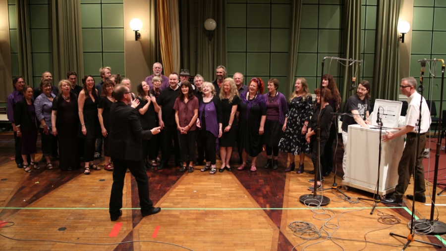 Phot of the Juxtavoices choir
